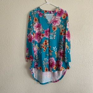 Bright blue tropical floral roll tab sleeve tunic